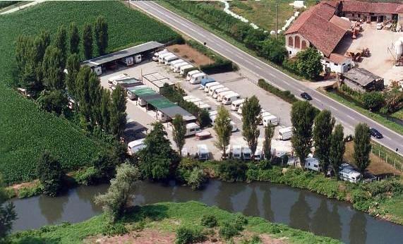 Caravan milano vendita usato rimessaggio accessori servizi - Del taglia piscine ...